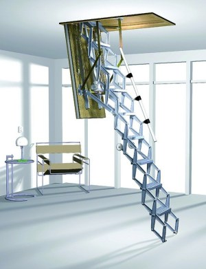 Lightweight aluminum staircase