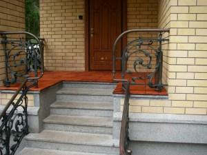 Safe steps of the porch