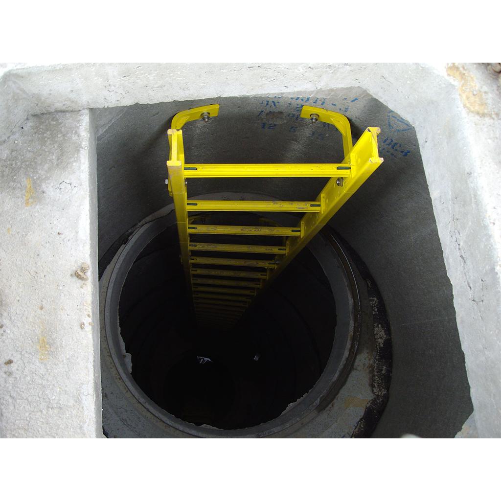 manhole ladder access dimensions