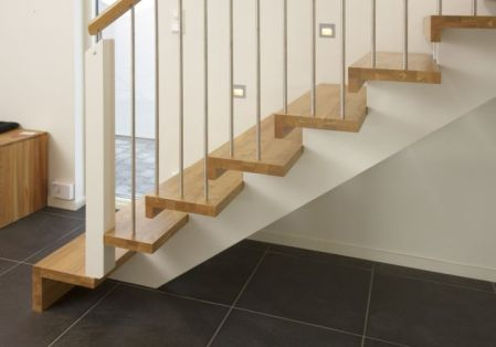simple wooden stairs images_11