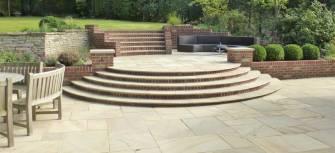 semi circular garden steps_2
