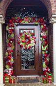 wedding door garland mesh ideas_4