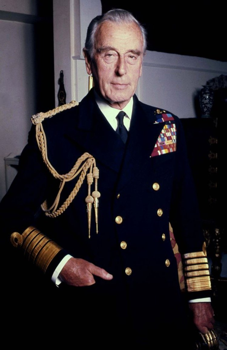 lord_mountbatten_naval_in_colour_allan_warren