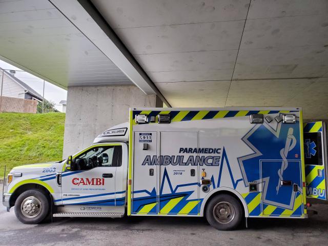 ambulance véhicule d'urgence Québec
