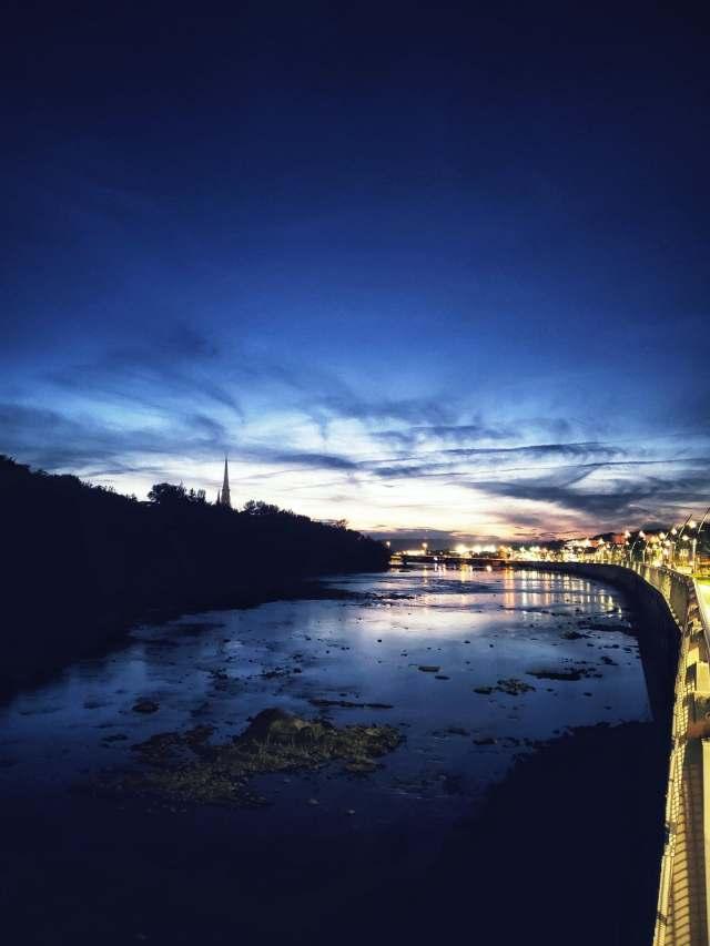 Vue sur la rivière Chaudière en soirée à Saint-Georges en Beauce