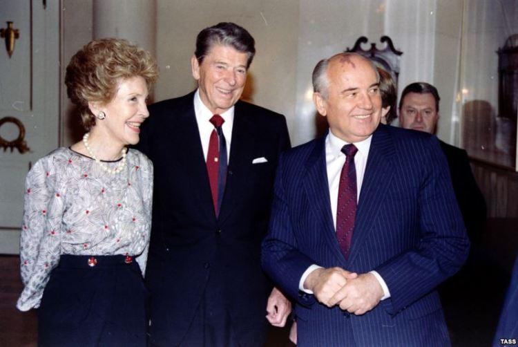 gorbachev-rejgan