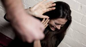 violenza-sulle-donne-566615.660x368