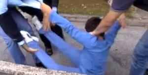 Padova, bambino prelevato a scuola e portato via a forza dalla polizia