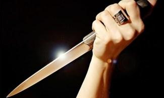 donna coltello uccide