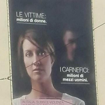 Manifesti d'odio sessista a Roma: facciamo causa