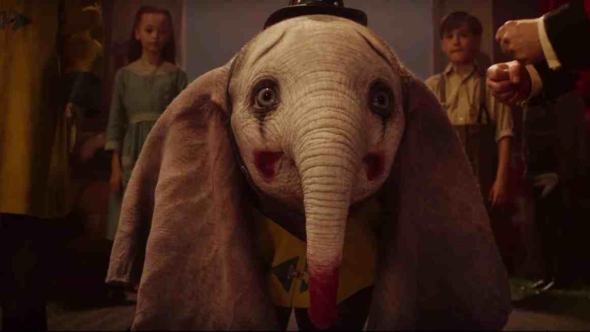 """""""Dumbo"""" di Tim Burton e la solita triste propaganda rosa"""