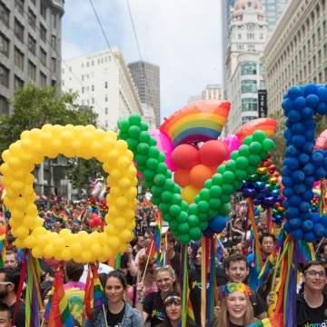 La libertà si insegna al Gaypride