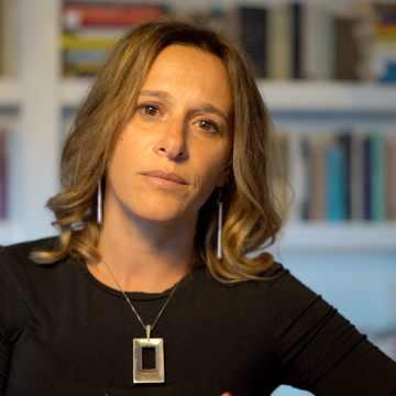 Valeria Parrella decide chi può parlare e chi no