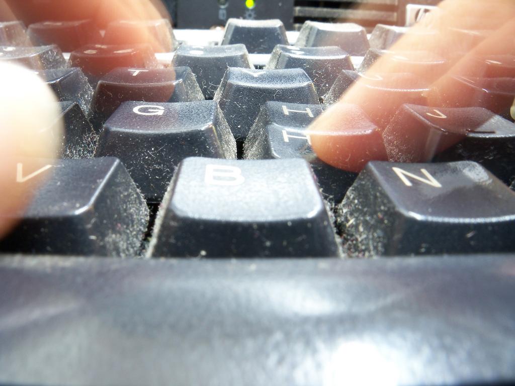 art-107-kw-wykroczenie-niepokojenie-stalking-pomoc-prawna-blog-adwokat