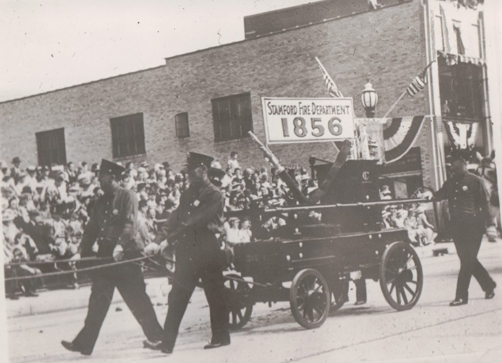 1941 Tercentinary Parade – The Rippowam, Stamford's First Pumping Apparatus