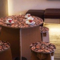 Kit cimabue con 1 tavolo e 4 sgabelli Cimabue in cartone