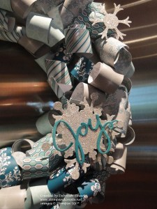 Detail - Curly Paper Wreath