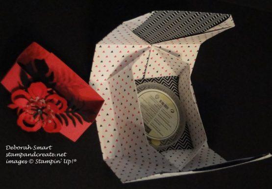 folded box, open