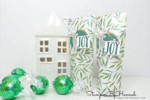 Christmas Countdown Self Closing Christmas Table Favours using Frosted Floral Designer Series Paper from Stampin' Up!