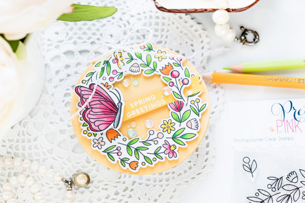 Round Shaped Wreath Card