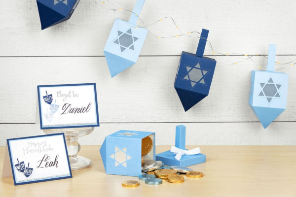 Hanukkah Place Cards and Banner
