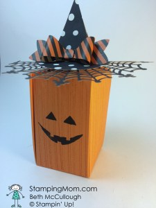 StampinUp Pumpkin Box with witches hat made with the Gift Box Punch Board and the Bow Builder Punch, designed by demo Beth McCullough.  Please see more card and gift ideas at www.StampingMom.com #StampingMom