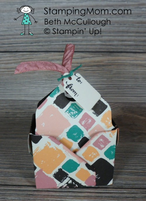 Stampin Up Bag in a Box designed by demo Beth McCullough. Please see more card and gift ideas at www.StampingMom.com #StampingMom