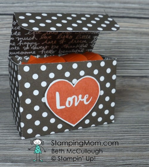 Stampin Up Valentine Mini Ghirardelli Box using the January 2017 Paper Pumpkin stamp set designed by demo Beth McCullough. Please see more card and gift ideas at www.StampingMom.com #StampingMom#cute&simple4u #GDP071