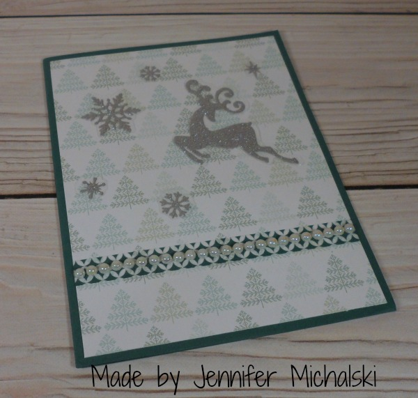 Stampin Up Christmas card made by Jennifer Michalski. Please see more card and gift ideas at www.StampingMom.com #StampingMom #cute&simple4u