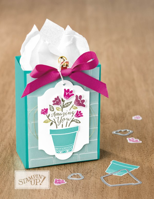 Stampin Up Grown with Love box. Please see more card and gift ideas at www.StampingMom.com #StampingMom #cute&simple4u