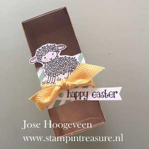 Happy Easter Lamb