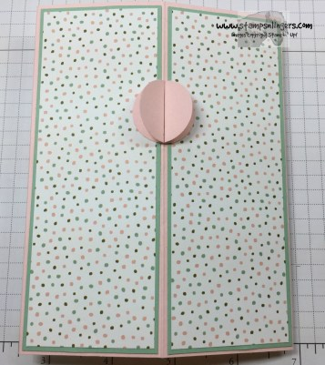 Four Panel Fun Fold 18 - Stamps-N-Lingers