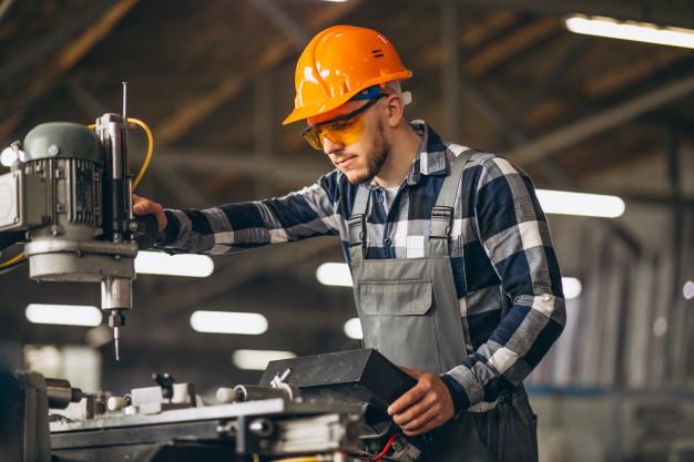 male-worker-factory_1303-14306