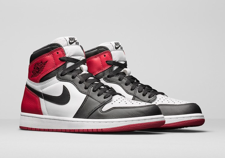 air-jordan-1-black-toe-official-photos