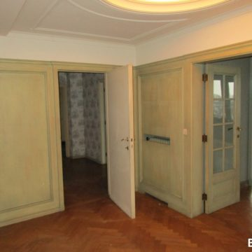 02 francesca-puccio-standing-renovation-brussels-elegant-apartment (130) (1)