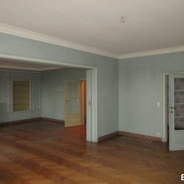 15-francesca-puccio-standing-renovation-brussels-elegant-apartment-(117)