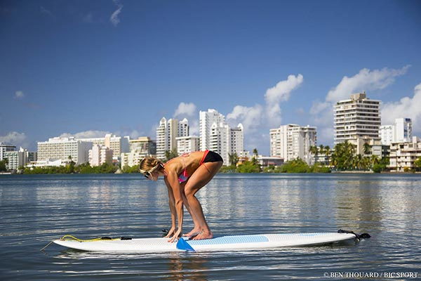 Sup Kneeling Lunge with a Twist 2
