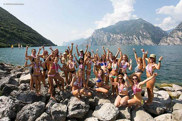 The-Butterfly-Effect-World-tour-participants-by-lake