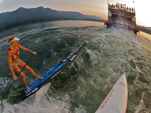 The Woman of Standup Paddling 14