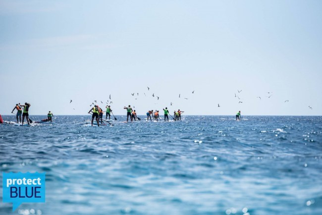 Green Surf Festival standup paddle race