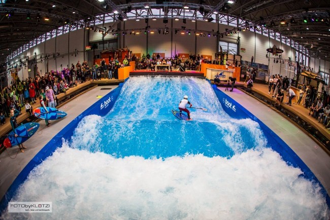 Boot Dusseldorf wave pool