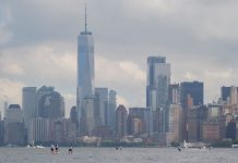 APP World Tour Pro Race NY SUP Open New York City skyline