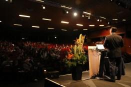 Dr. Park Presenting at ESSM, Lisbon, Portugal