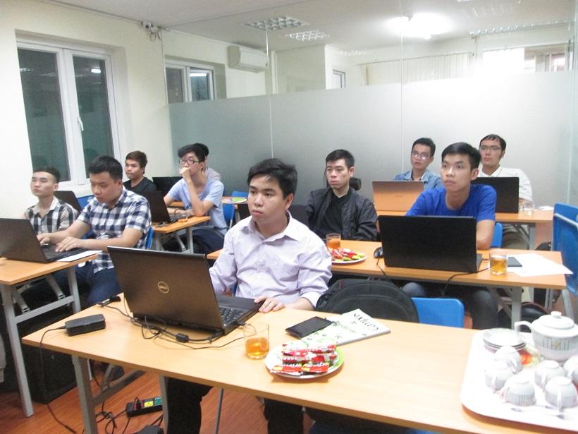 Học lập trình Java ở đâu
