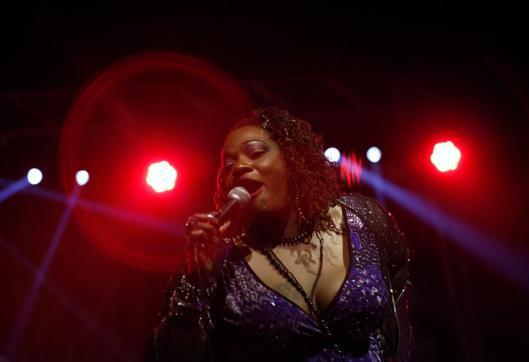 Thornetta Davis Thirdpage - singer 3