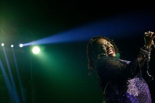 Thornetta Davis Thirdpage - singer 4