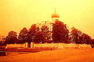 таким Свято-Никольский храм был при жизни Эмерика фон Гуттен-Чапского