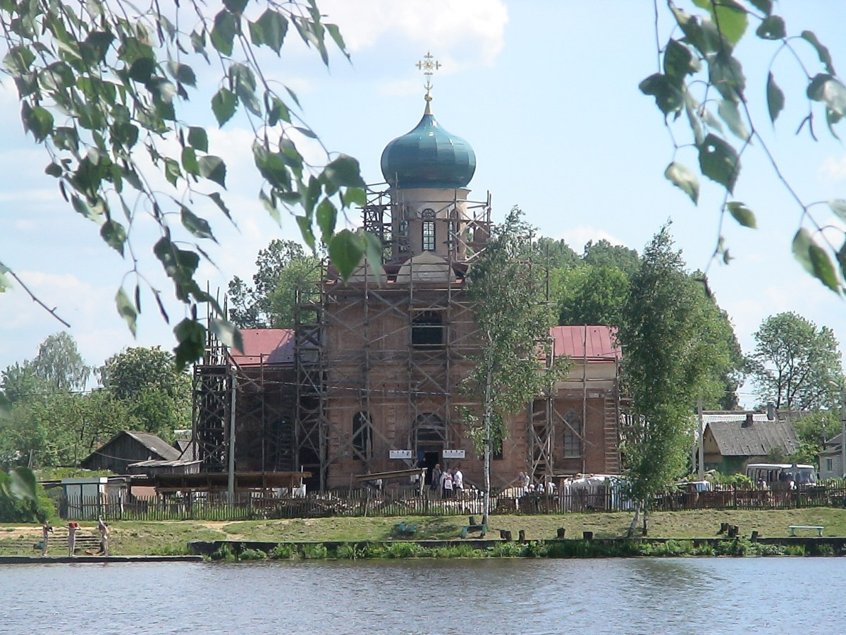 Расписание богослужений на май 2018 г. Храм святителя Николая Чудотворца в Станьково