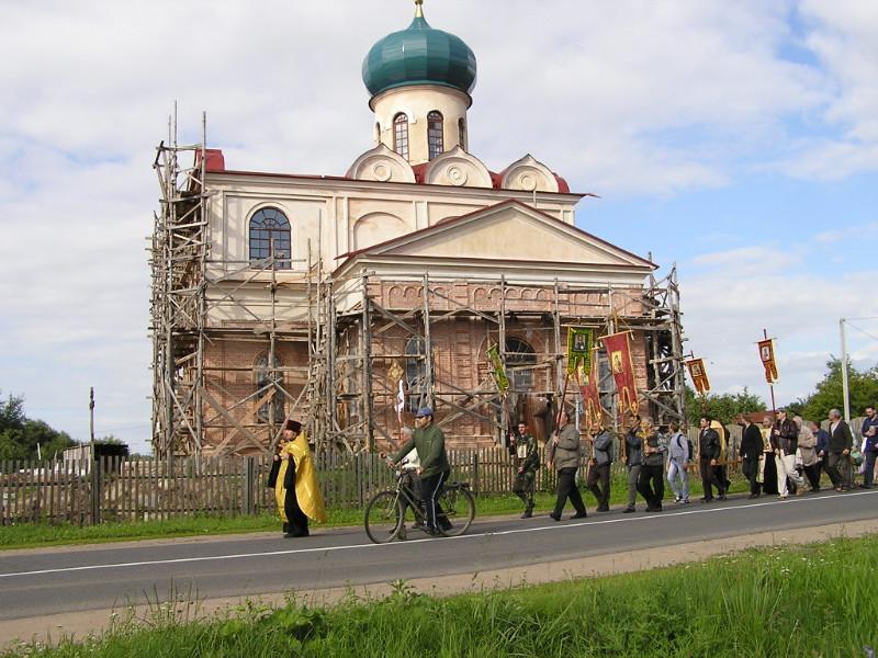 Расписание богослужений на апрель 2017 г. Храм святителя Николая Чудотворца в Станьково