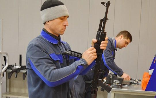 В Станьково делают карабины и винтовки! Репортаж BELTA.BY